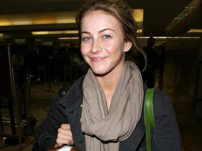 Julianne Hough, prosinac 2009.