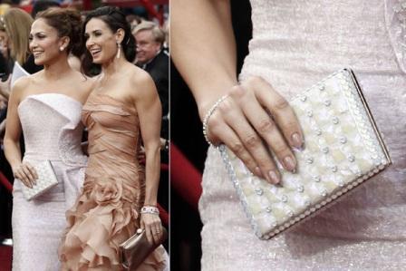 Torbica i nokti Jennifer Lopez