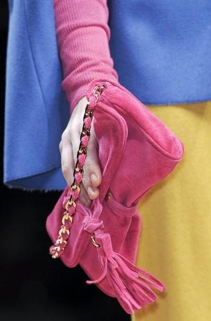 Žarke boje u modnim trendovima za jesen