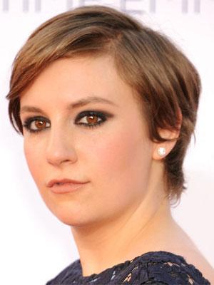 Svečane frizure i šminka poznatih na dodjeli nagrada Emmy