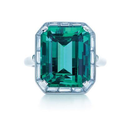 smaragdno-zelena-0