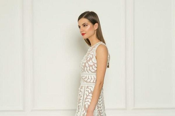 Bijele svečane haljine za ljeto 2020.