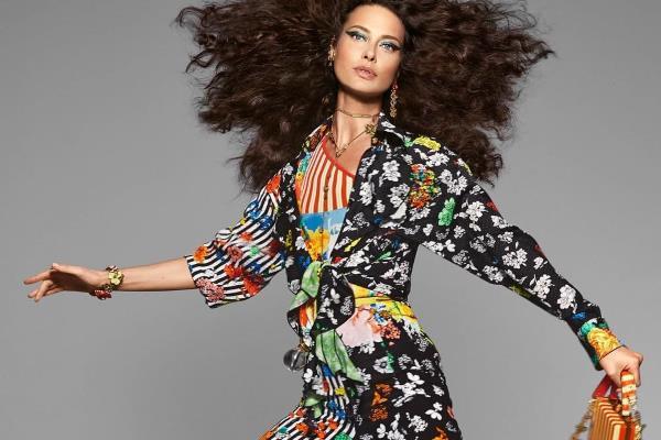 U top trendove za proljeće 2019, ubrajaju se sve nijanse bež boje, crna boja, hrabriji pristup dnevnoj modi, gdje se dnevna moda isprepliće s večernjom, te jedinstveni pristup i odjeća koja izgleda kao da je ručno rađena i unikatna.