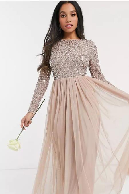 Haljine za svadbu, haljine za svatove, maturalnu večer, večernji izlazak ili bilo koju drugu svečanu priliku.